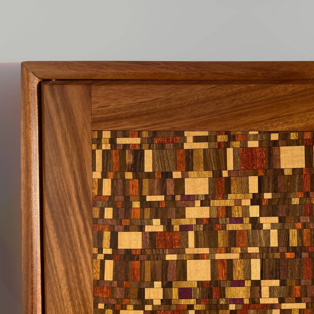 Dark-wood-tea-box-with-handle-3