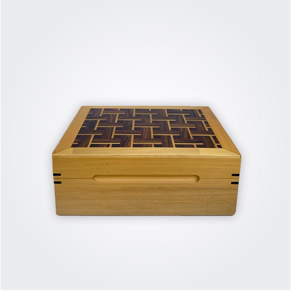 Light-wood-tea-storage-box-1