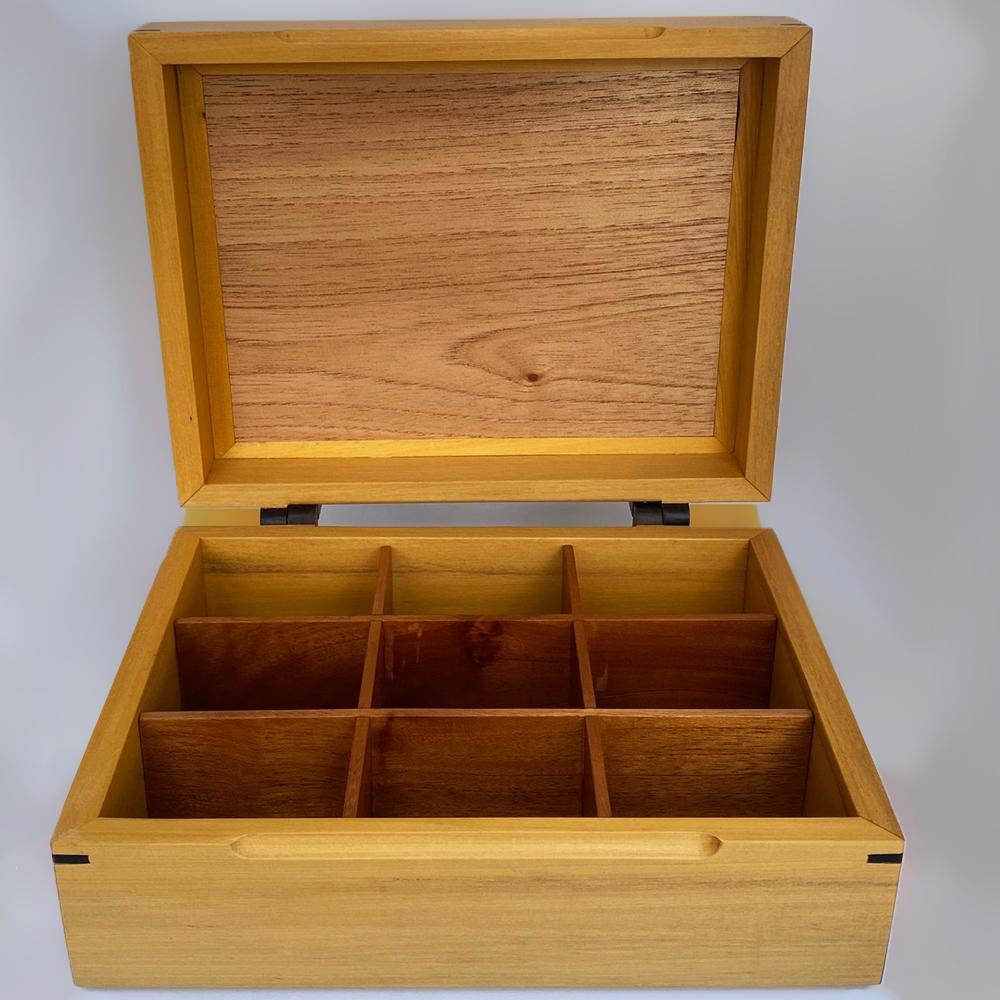 Light-wood-tea-storage-box-3