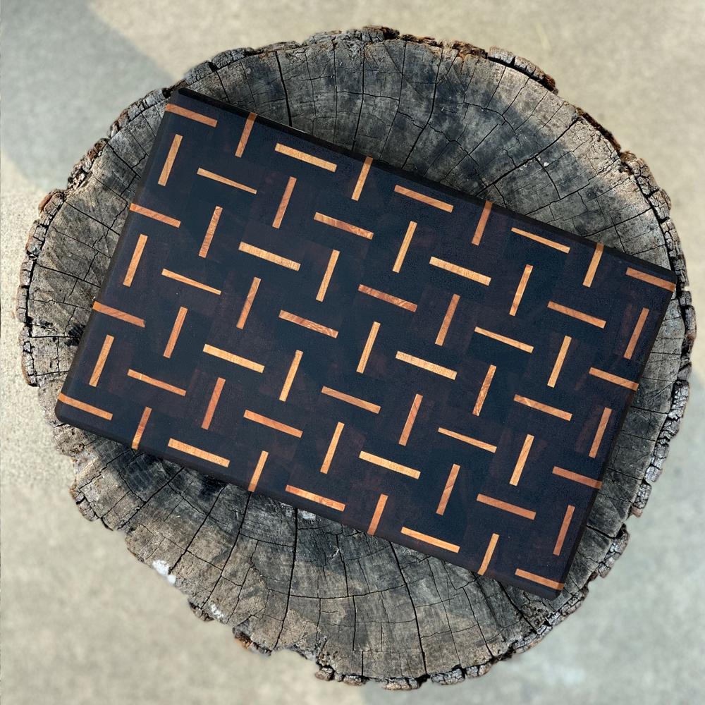 Patterned-wood-cutting-board-ctx-3