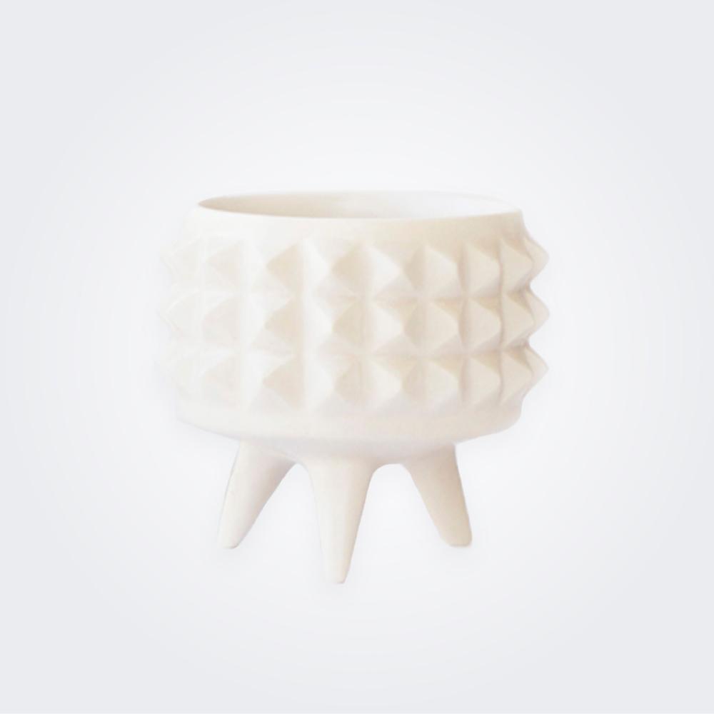 White-spike-ceramic-pot