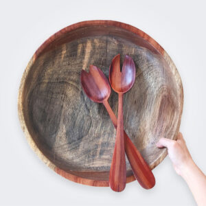 Wood salad bowl product picture.