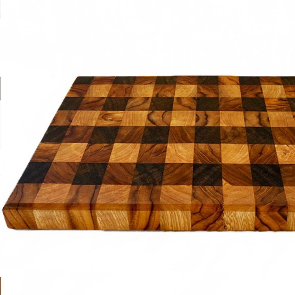 Gingham wood cutting board 2
