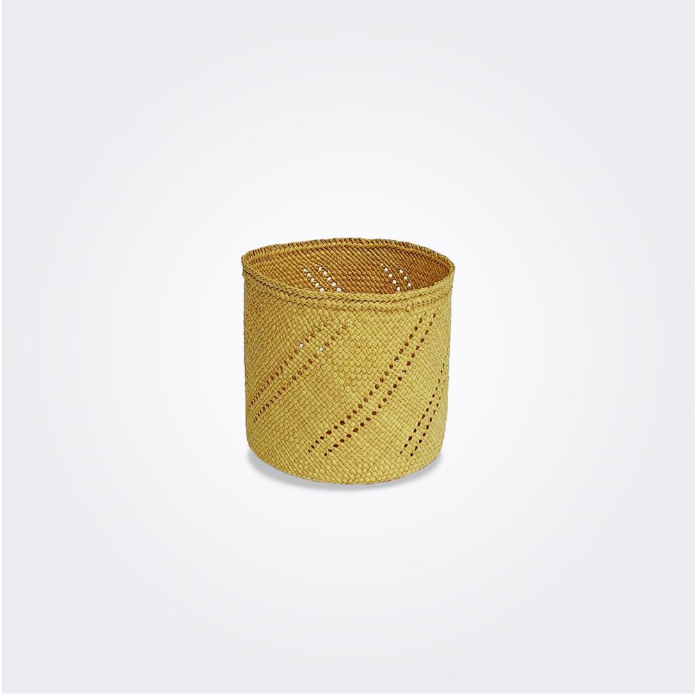 Hurricane-weaved-candle-holder