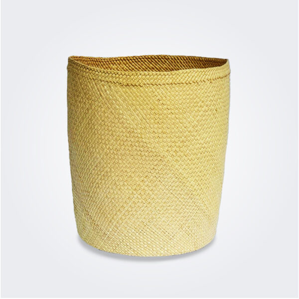 Large weaved nest basket product picture.