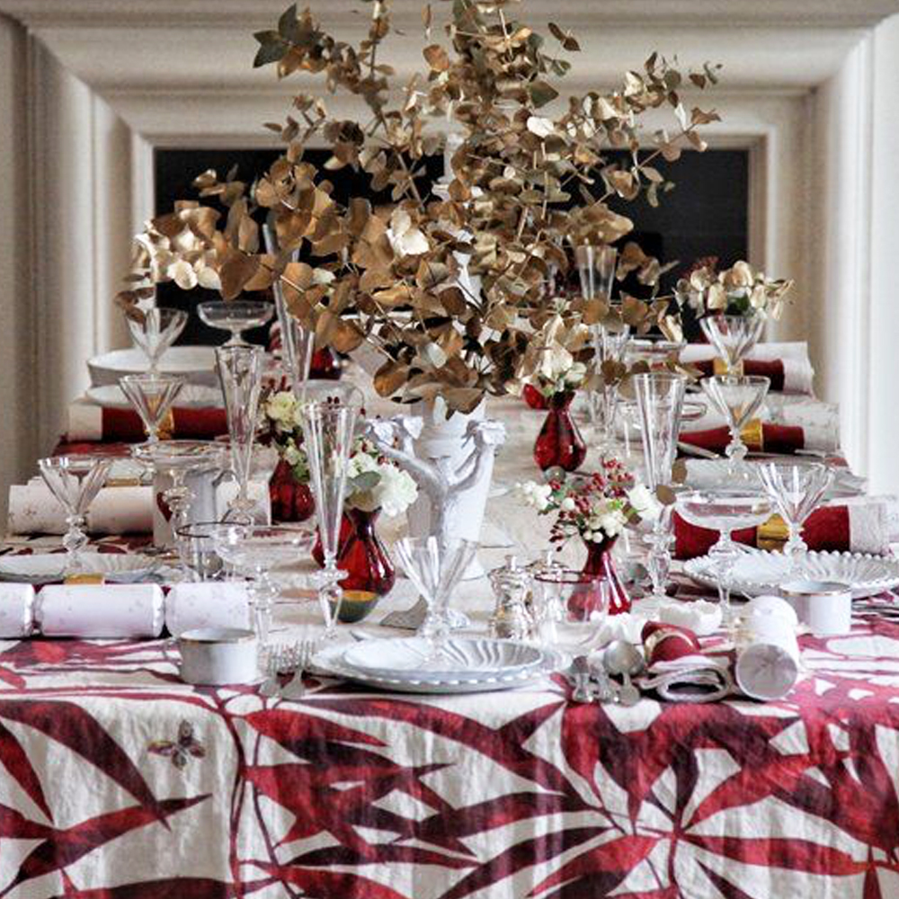 Les Palmiers Linen Tablecloth in Red S 4