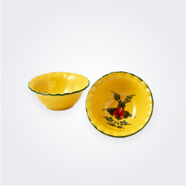 Small oriente italiano giallo bowl set product picture.