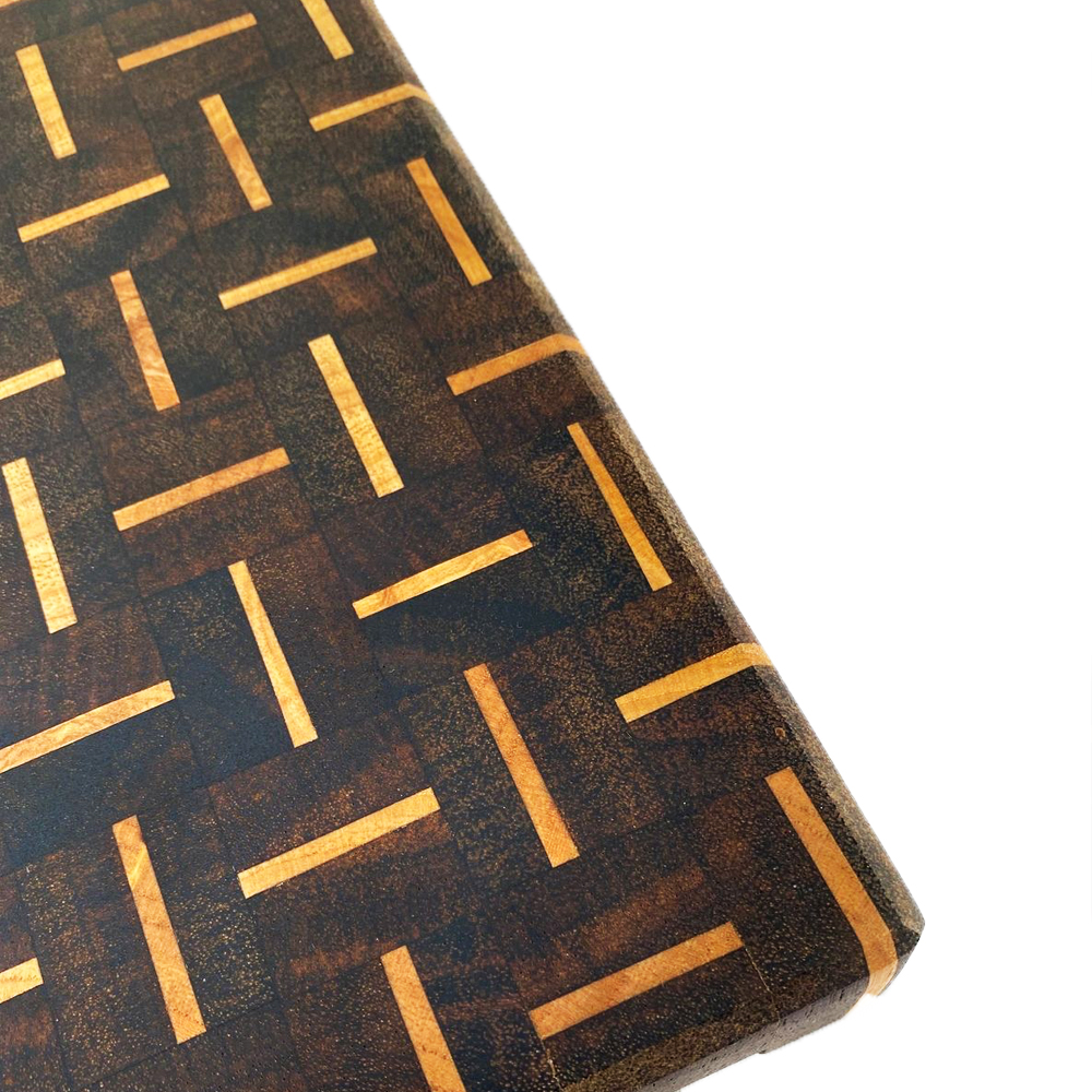 Patterned wood cutting board (SMALL) detalle
