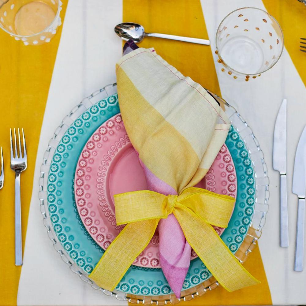 Shades of Pink Linen Napkin 010