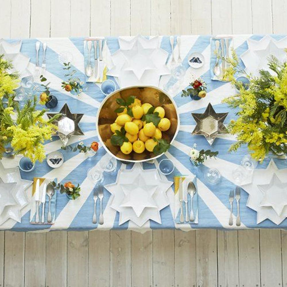 Small-Blue-Cirque-Tablecloth-3