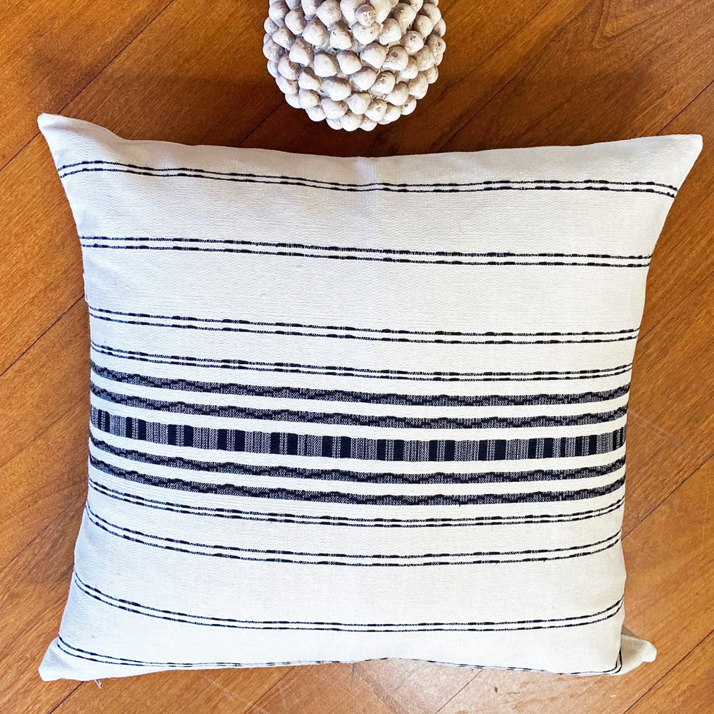 White and Black Striped Pillow Cover 001