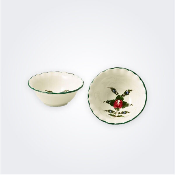 Small white Italian pottery bowl set product picture.