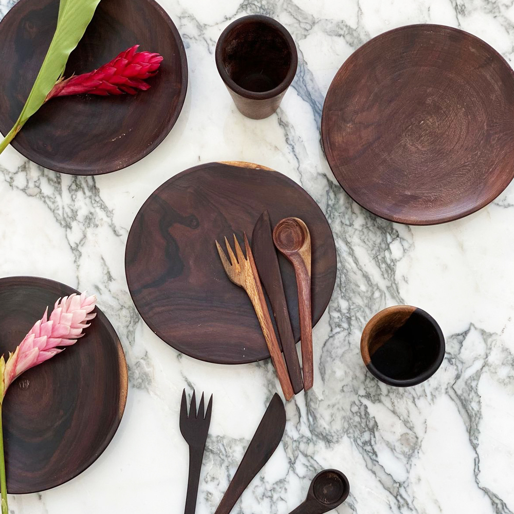 Wooden-plate-set-2