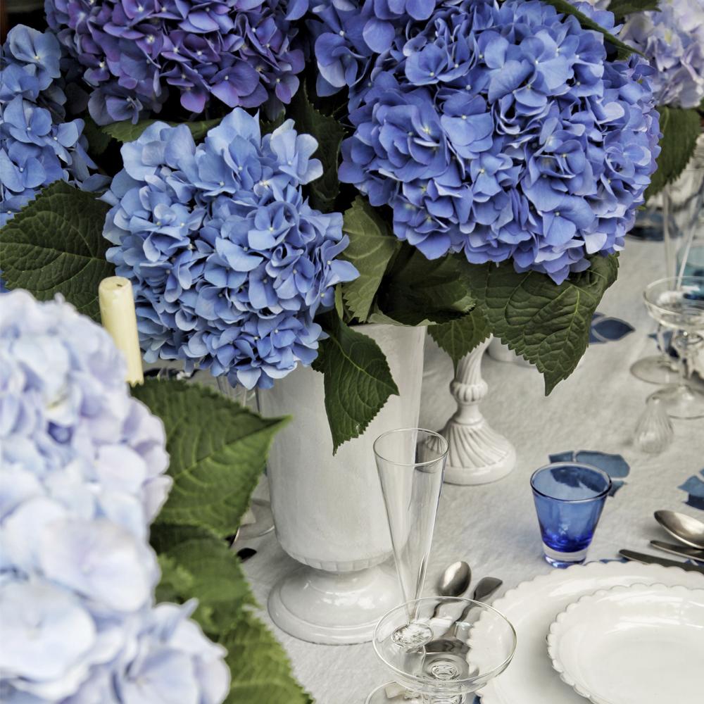 Medium-Hydrangea-Flower-Tablecloth-4