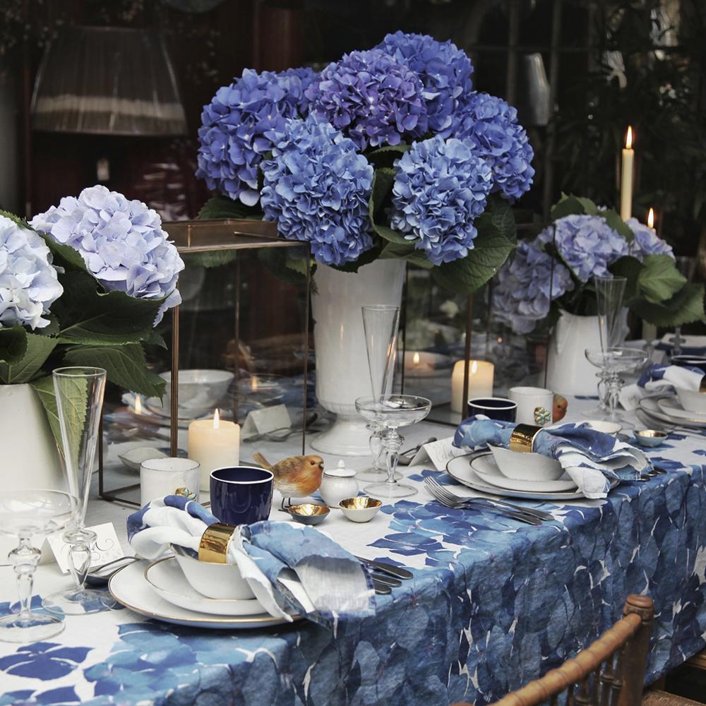 Medium-Hydrangea-Flower-Tablecloth-5