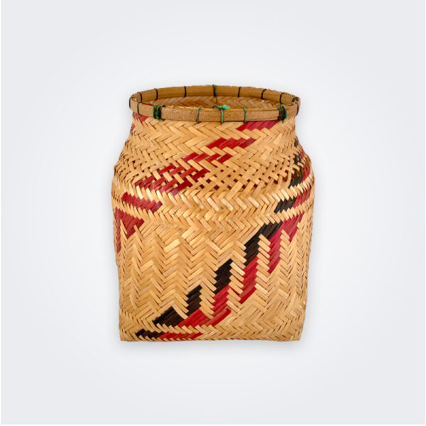 Guarekena Amazonian basket product picture.