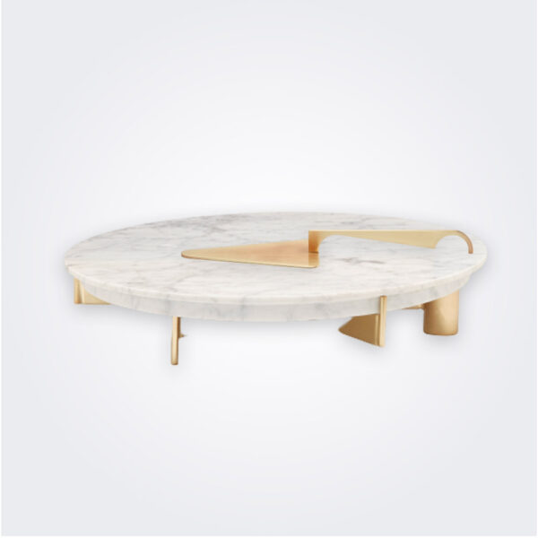 Marble cake stand product picture.
