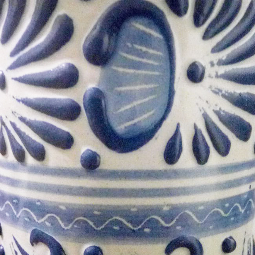 Blue talavera pottery thermo 2