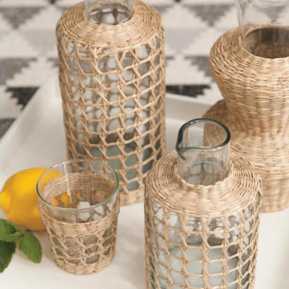Wide-seagrass-cage-tumbler-set-2