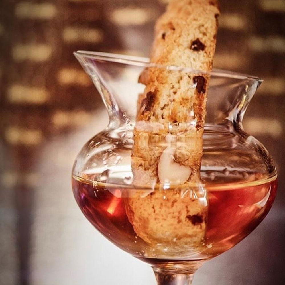 Distillates-assorted-glass-set-contex