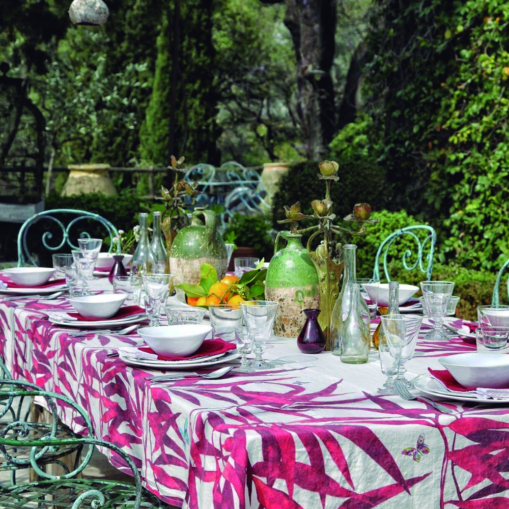 RED PALMIERS TABLECLOTH (1)
